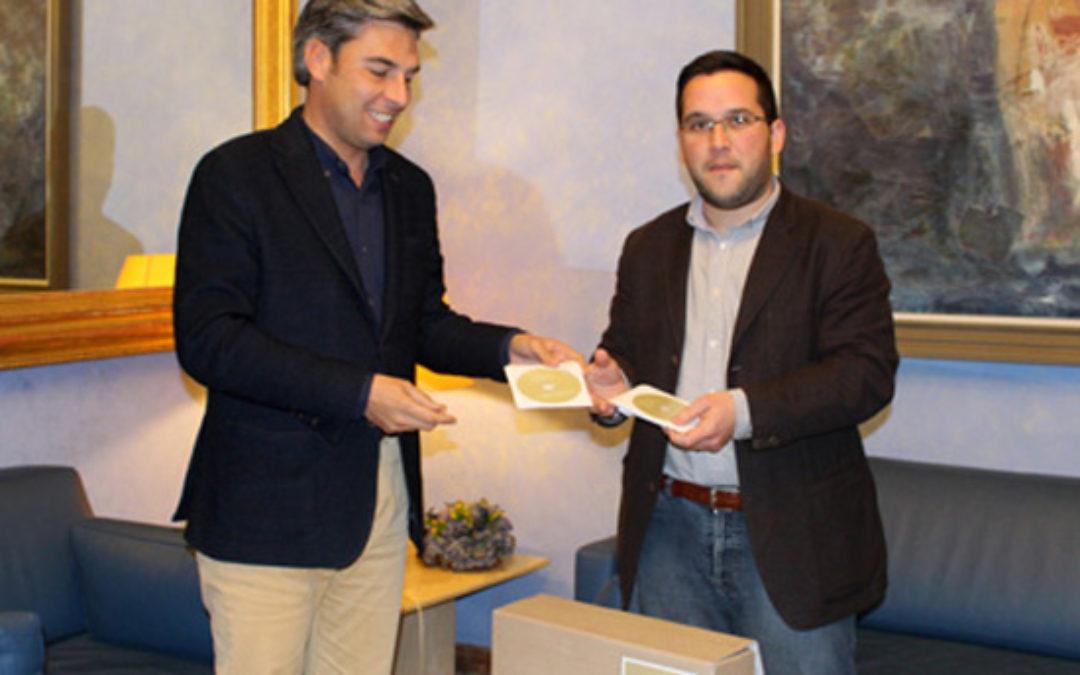 La Diputación entrega el Plan General de Ordenación Urbanística