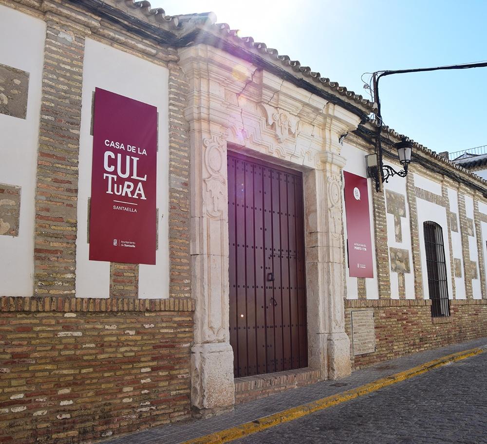 Foto de la fachada de la casa de la cultura