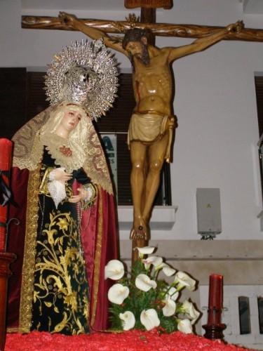 SANTO CRISTO DE LA VERACRUZ Y MARÍA SANTÍSIMA DEL MAYOR DOLOR